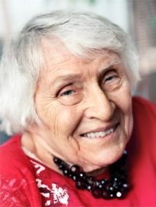 Симона Шанже (1921 – 2017)
