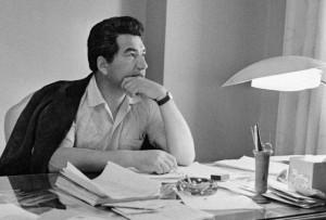 Народный писатель Казахстана Чингиз Айтматов