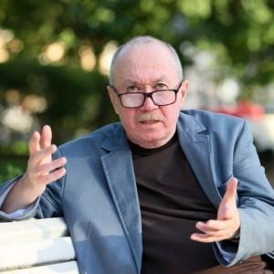 Журналист и писатель Денис Драгунский2