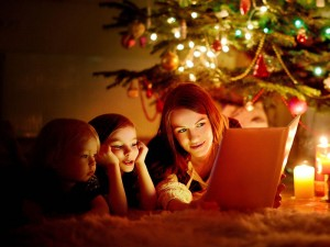 christmas-reading-book-mom-kids