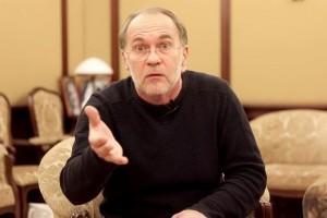 Алексей Гуськов великолепно прочел басню «Волк и ягненок»