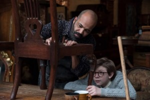 Hobie (Jeffrey Wright) is a kind owner of a bohemian antiques shop who's the first person who helps young Theo (Oakes Fegley)