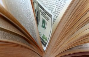 Доллары в книге2