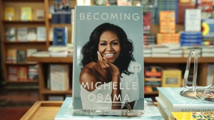 becoming-michelle_obama-h_2018